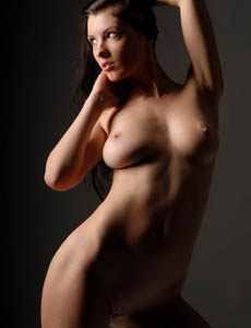 Sexy busty brunette Polyna