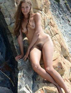 Nude beach goddess Geissa takes away sexy bikini to show her perfect body with hairy pussy