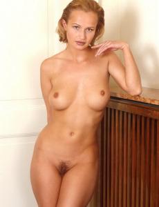 Hairy pussy blonde Evalyn