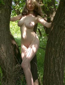 Big boobs hairy pussy naturist Gigi in the trees