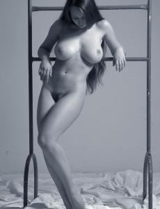 Busty hottie Aneli