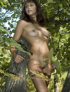 Hairy pussy Linsi nude in the forest