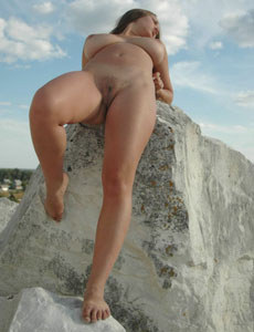 Young hairy pussy Aneli at the rocks
